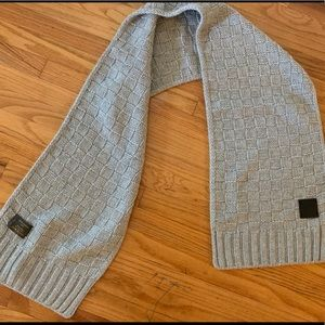 Louis Vuitton Knit Checkered Scarf